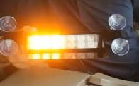 Gyrophare Bleu ou Orange à LED pour Pare-brise très haute luminosité - AvertisseursPrioritaires.fr
