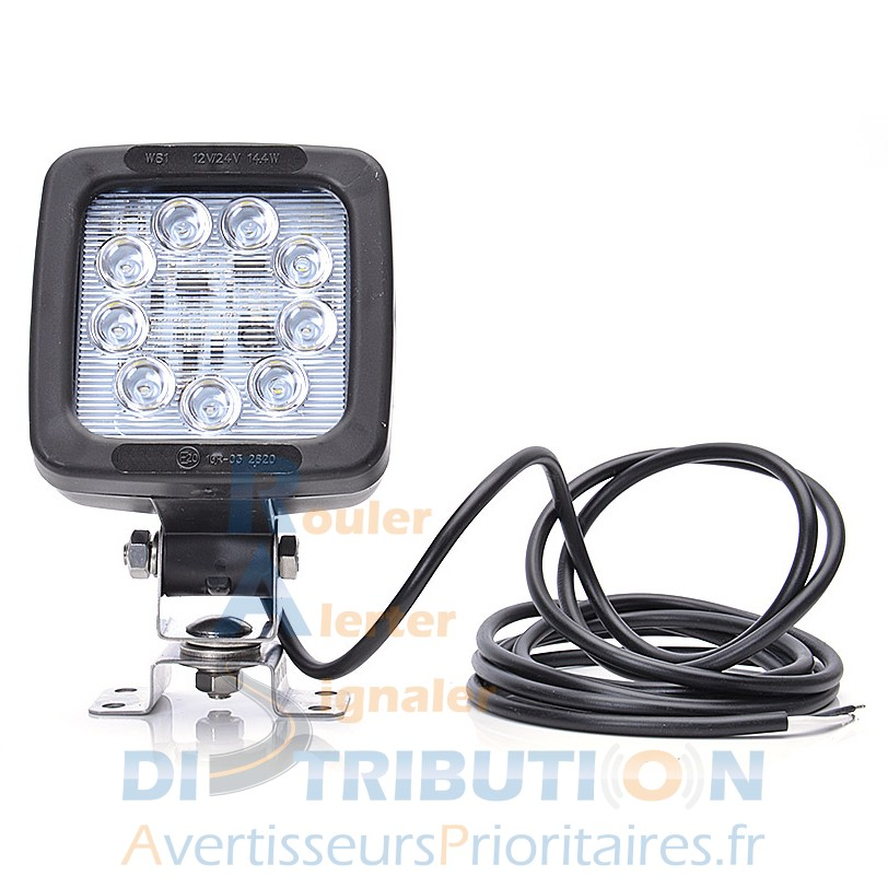 phare de travail led avec interrupteur 12 24 v pour tracteur agricole ou vu. Black Bedroom Furniture Sets. Home Design Ideas